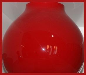 Rot_eine Blumenvase