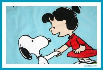 antetanni-naeht_T-Shirt-wird-Tasche_Snoopy+Lucy (2)