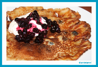 antetanni-kocht_Feuer+Glas_Vermont-Blueberry-Pancakes_1