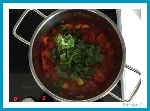 antetanni-kocht_Tomaten-Basilikum-Suppe_vegan (4)