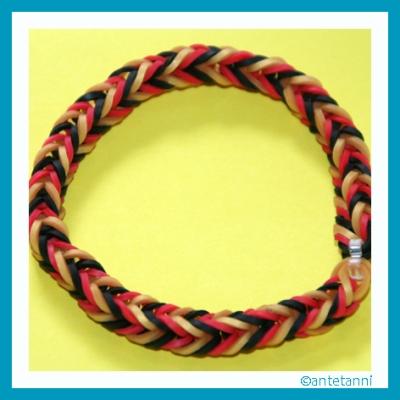 antetanni-bastelt_Loom-Armband-EM2016_2