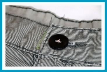 antetanni-repariert-Knopf-ausgerissen-annaehen-Hosenbund