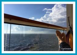 antetanni_AIDAmar_An-Bord_Abhaengen_Haengematte-Balkonkabine-Balkon