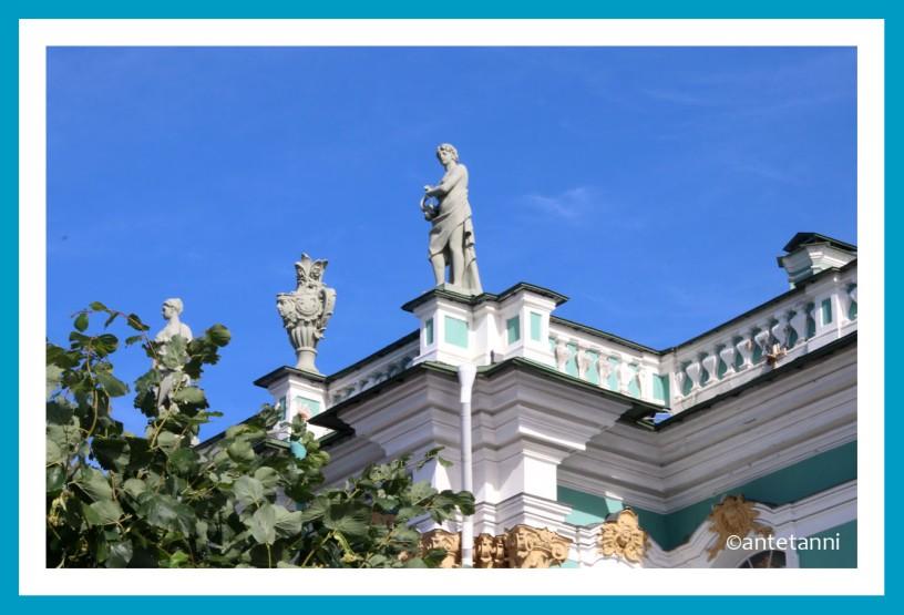 antetanni_AIDAmar_St-Petersburg_Eremitage-Statuen