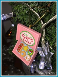 antetanni-christmas-ornament-hallmark-sweet-shop_2019