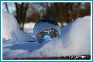 antetanni-fotografiert_52-fotoreise-blogzimmer_wetter_glaskugel_lensball_22